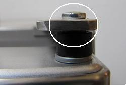 Inspection of door hinge pin\n\n Not Yet Failed